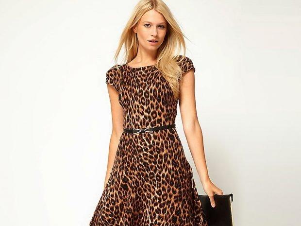 платье леопардовое короткий рукав