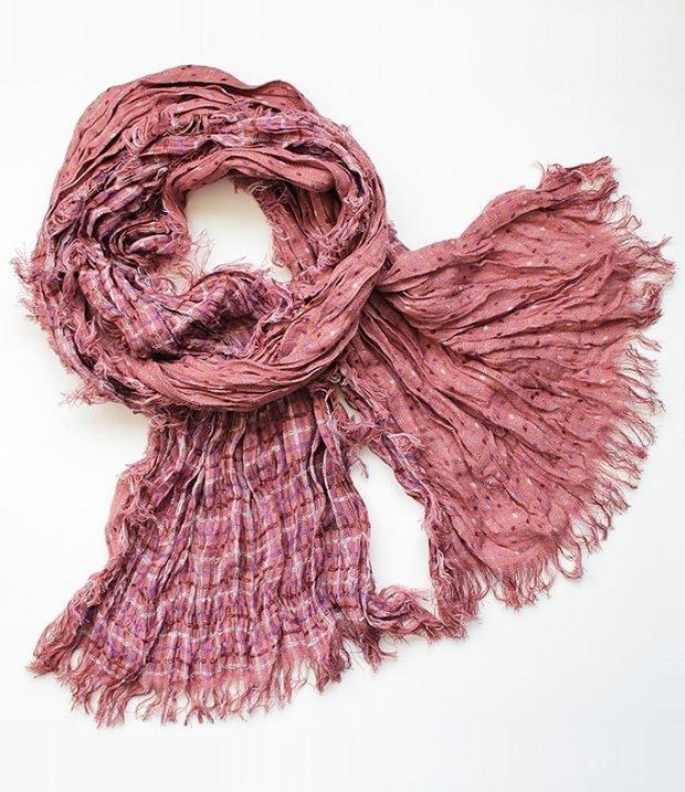 Модные аксессуары 2019 2020: шарф розовый