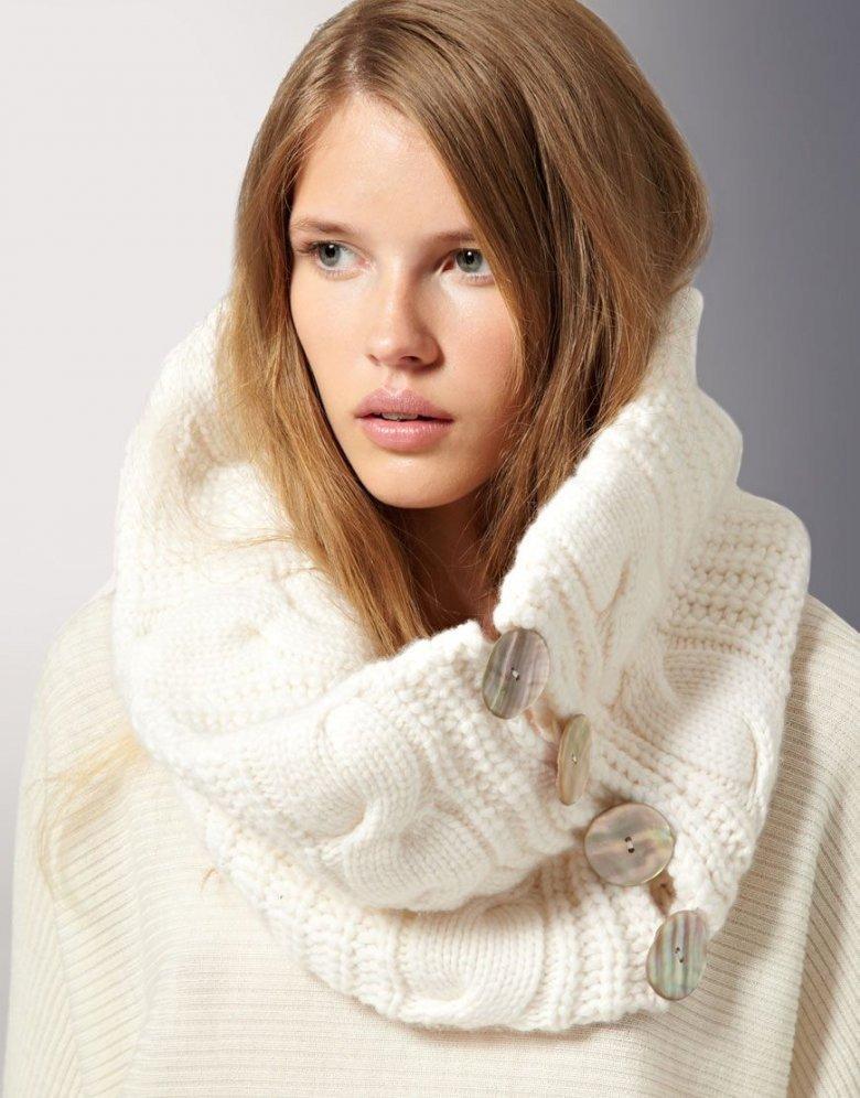 шарф-воротник белый