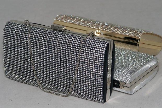 клатч серебро в блестку