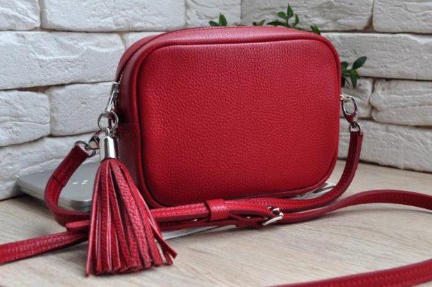 красная сумочка маленькая