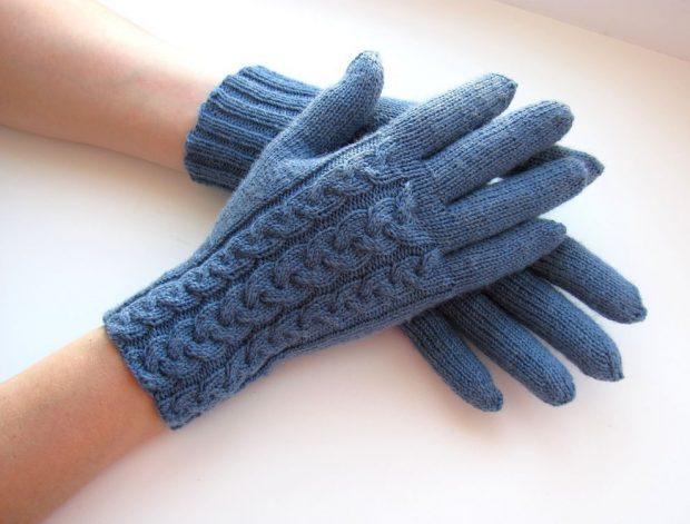 перчатки синие вязка