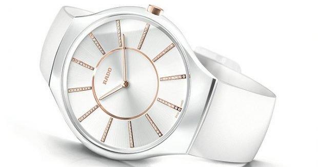 белые круглые часы модные женские 2019 2020