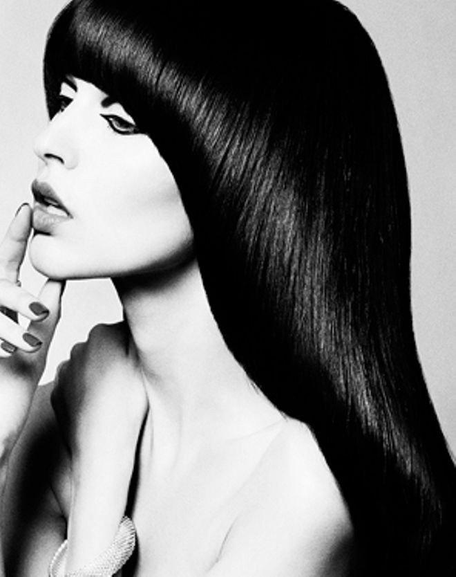модная женская стрижка сессон челка короткая 2018 2019 года на средние волосы