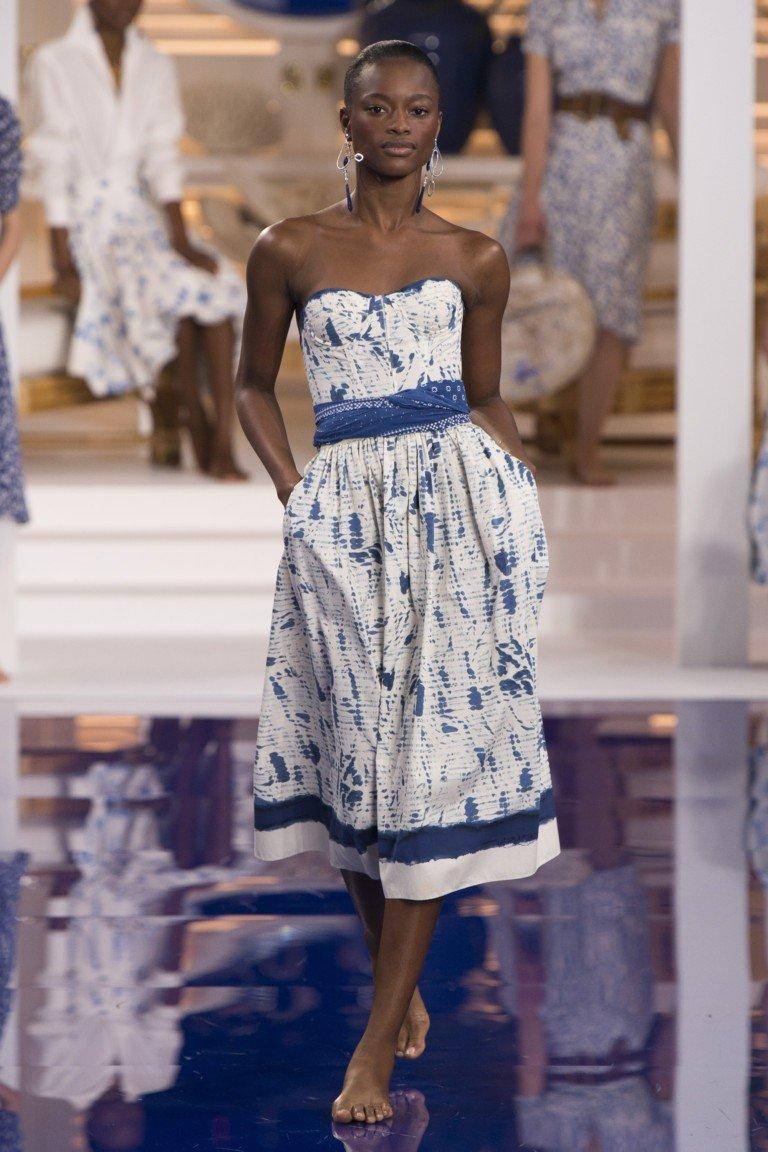 платье бюстье белое с синим