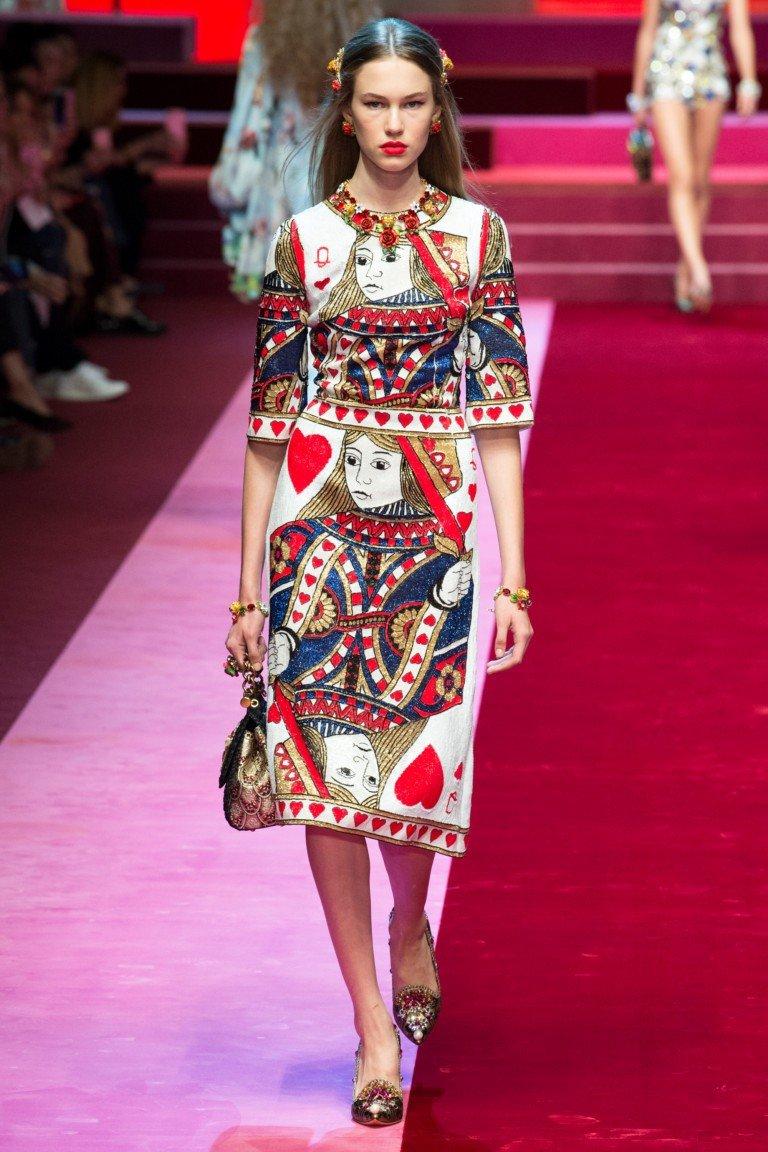 юбка и блуза принт карта червовая дама