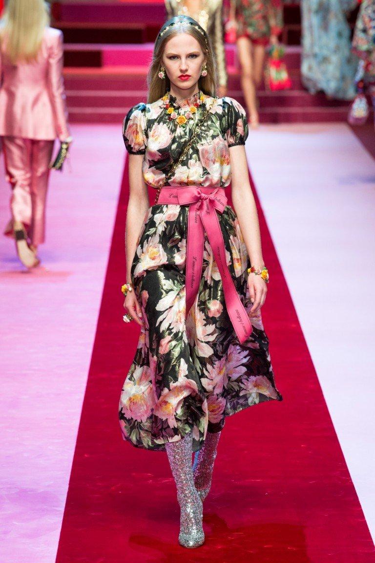 цветное платье мили рукав короткий