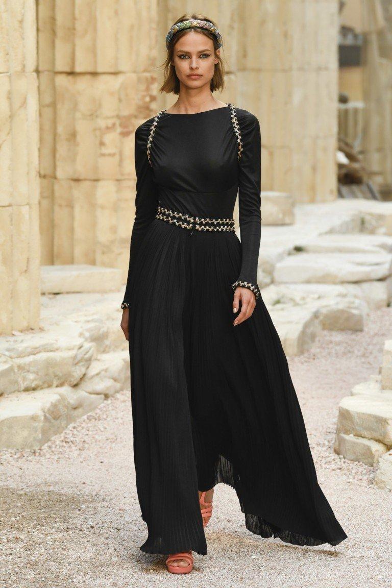платье черное макси с рукавом длинным