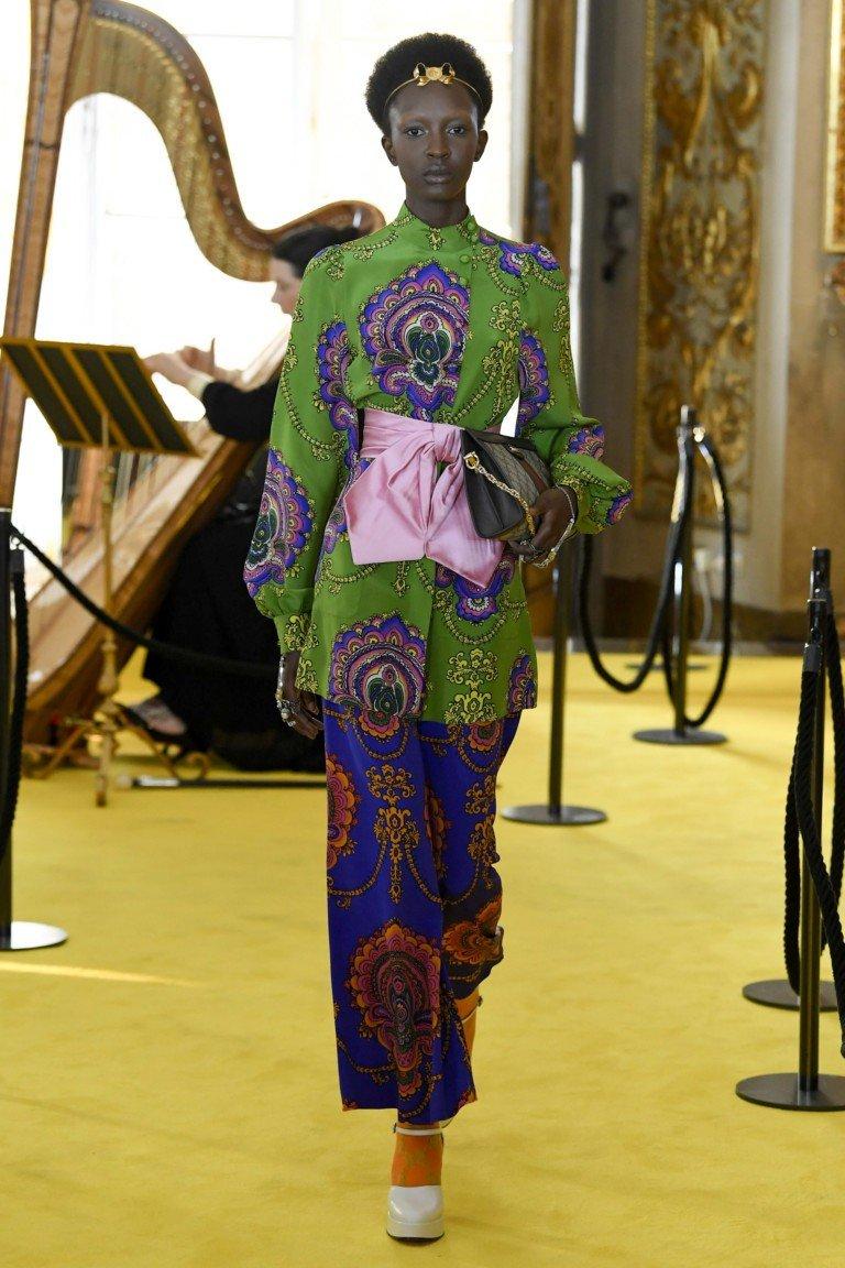 брюки и жакет цветные под пояс
