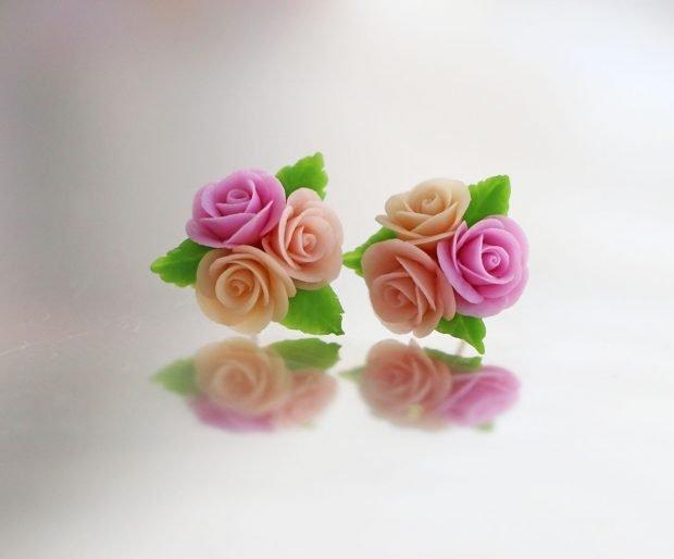 сережка-гкоздик букет роз