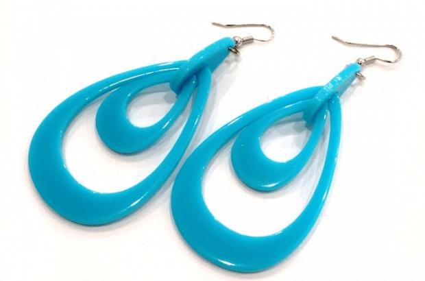 Серьги из пластика синие в форме капли