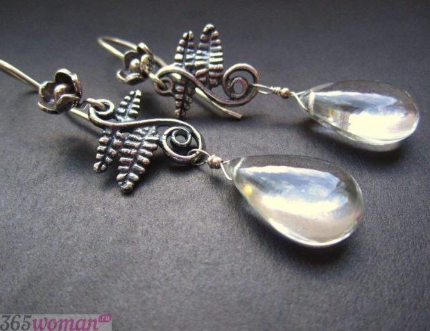 капли серебро с камнями