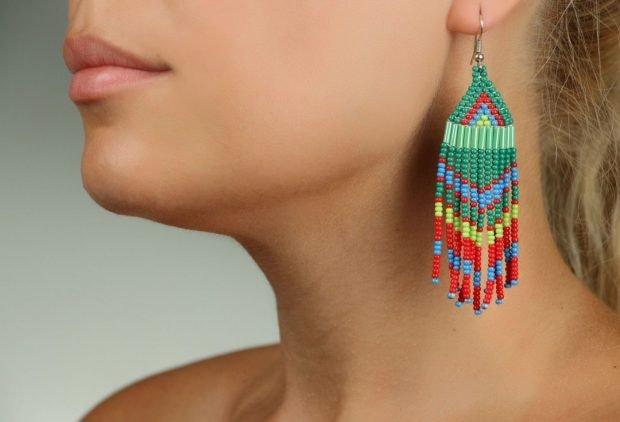 серьги в этно стиле цветные из бисера