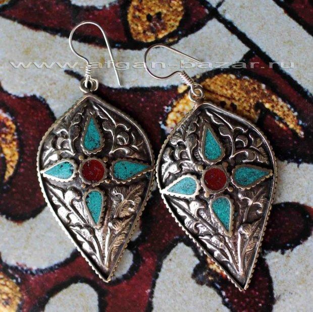 серьги в этно стиле в форме капли из металла