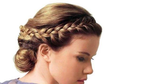 укладка греческий стиль волосы собраны с косой
