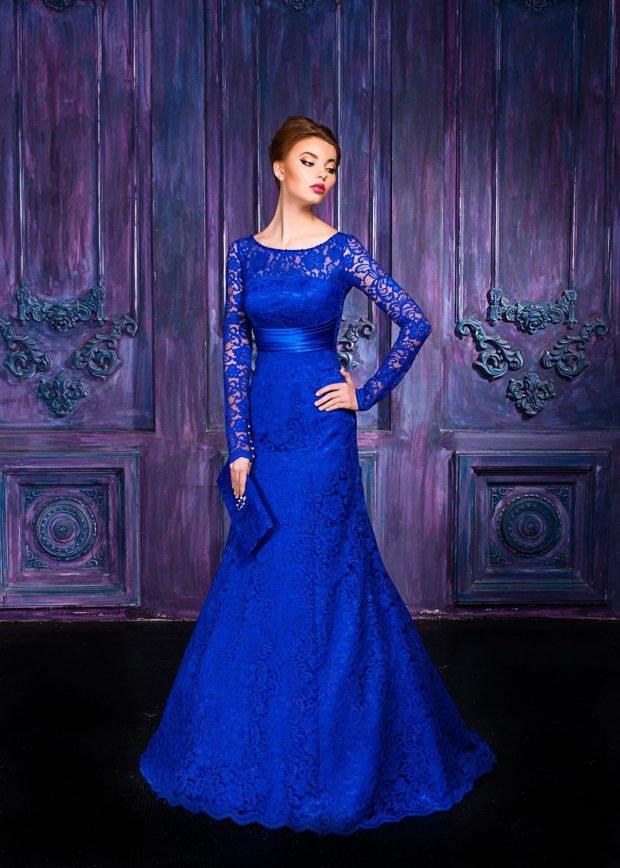 вечернее платье-рыбка 2019-2020 синее с рукавом длинным ажурным