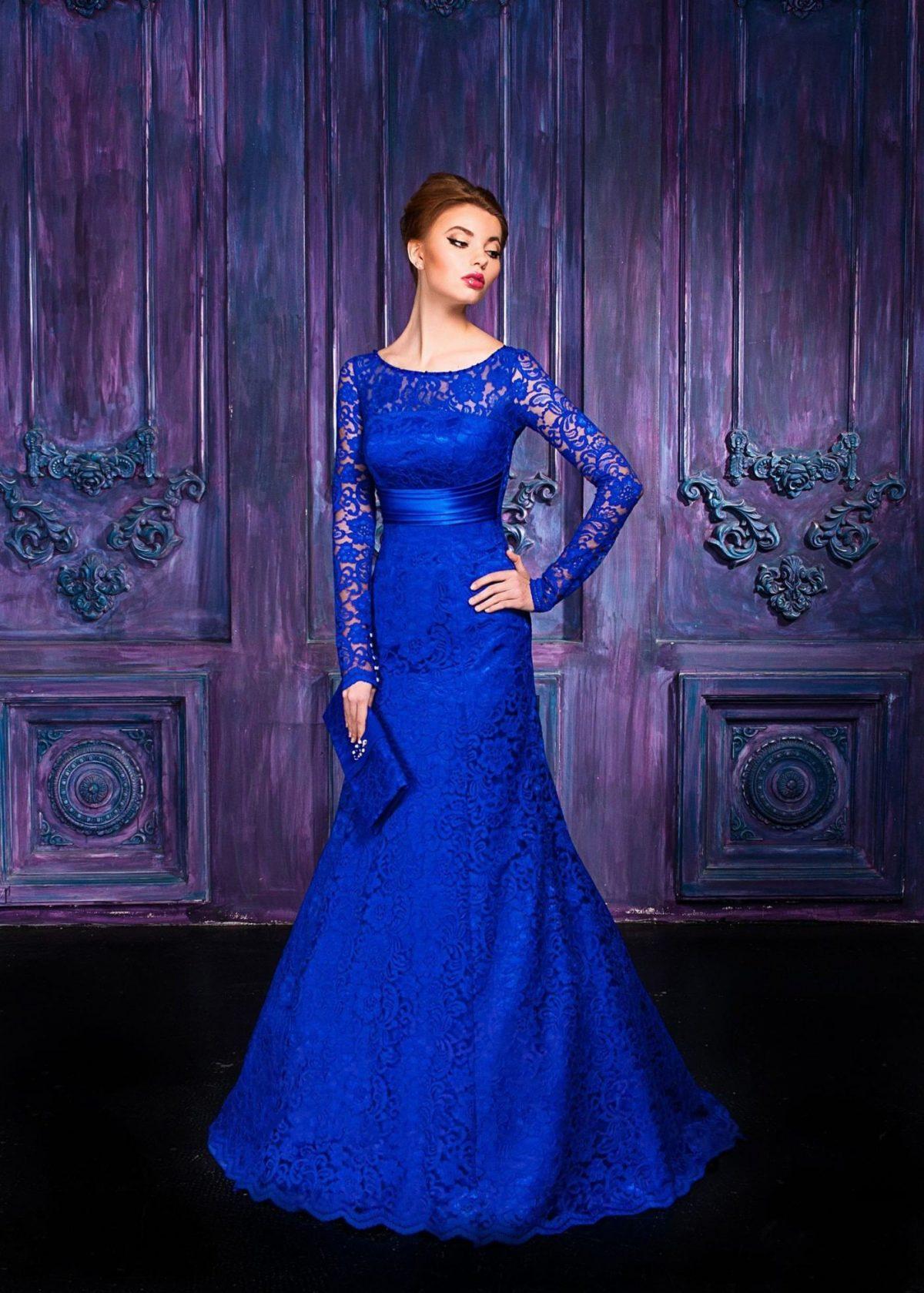 вечернее платье-рыбка  2018-2019 синее с рукавом длинным ажурным
