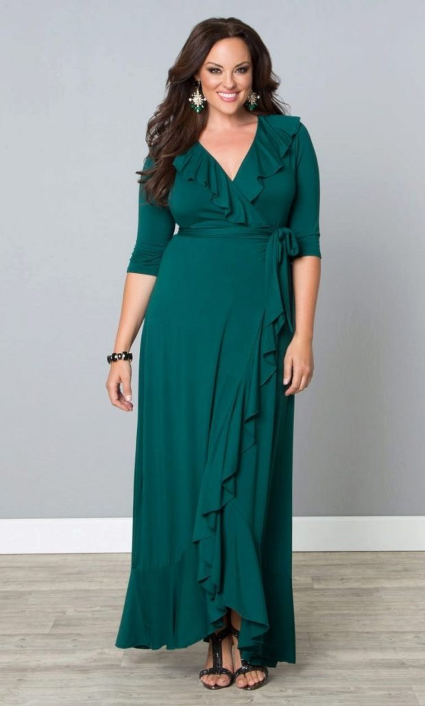 вечернее платье для полных зеленое с рюшками рукав 3/4 мода 2019