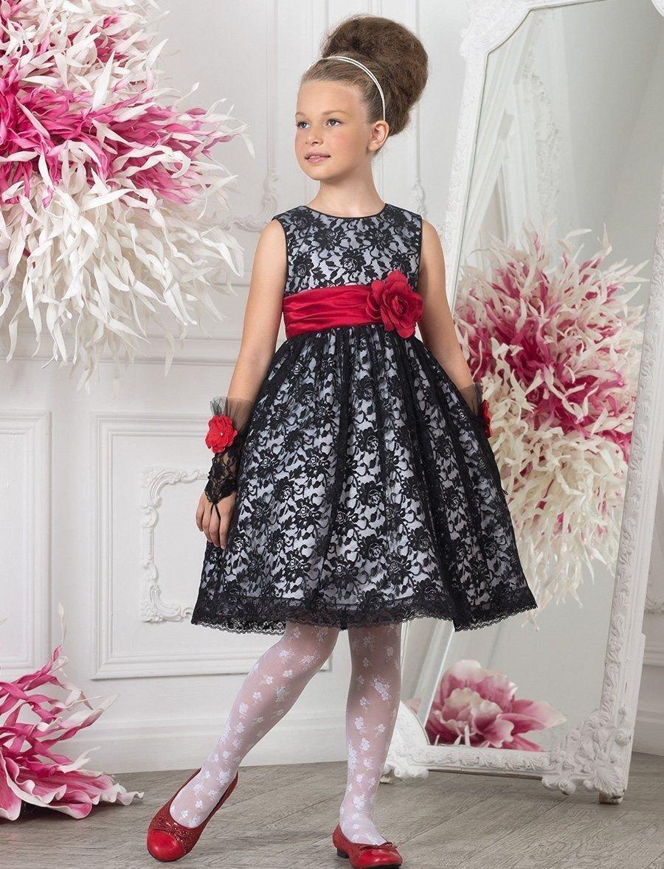 детское праздничное плтье серого цвета с красным поясом
