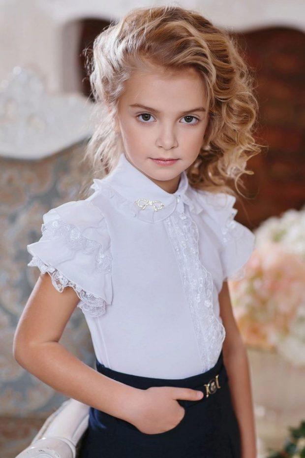 детская блузка белого цвета