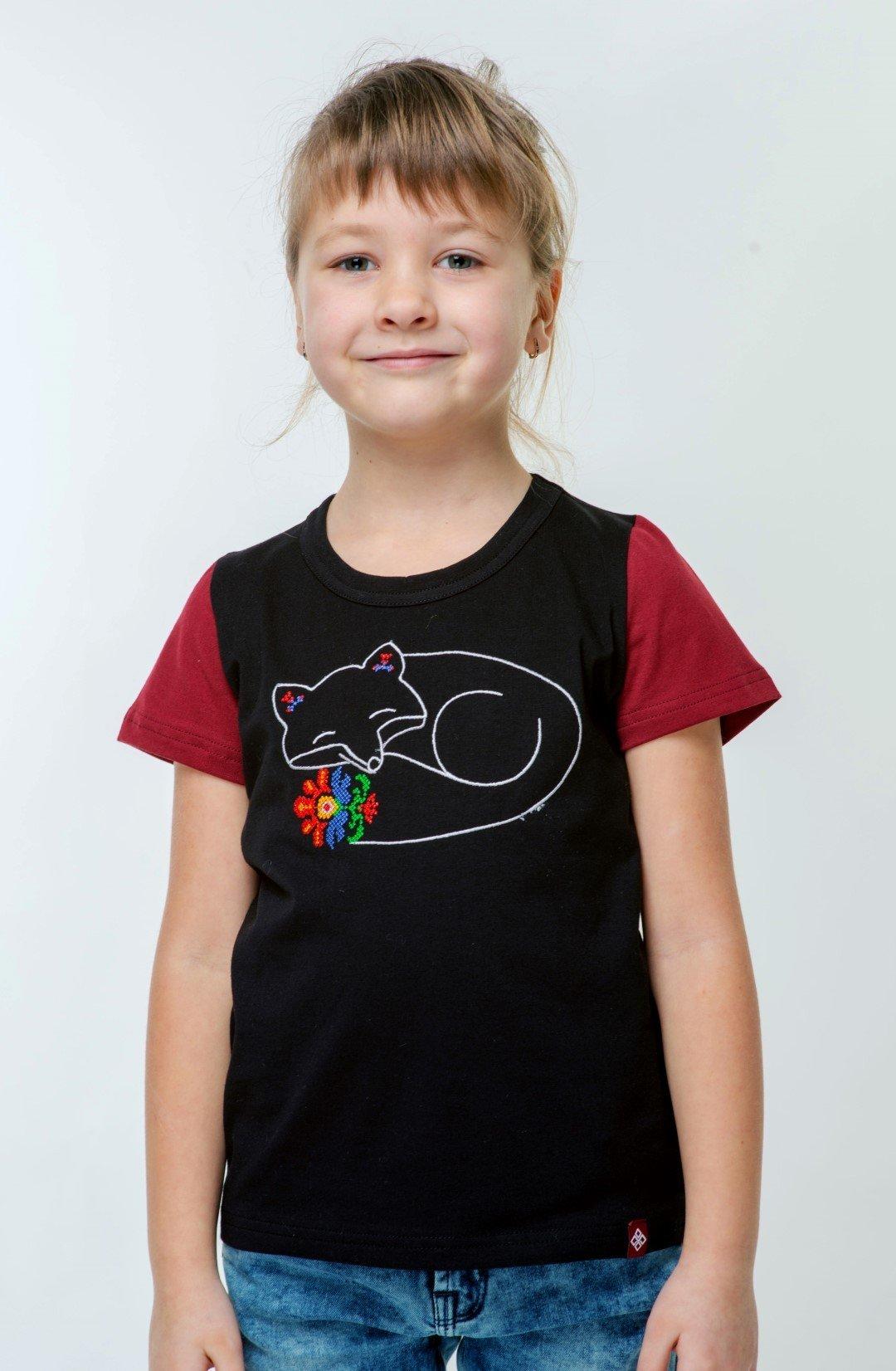 детская футболка черного цвета бордовые рукава