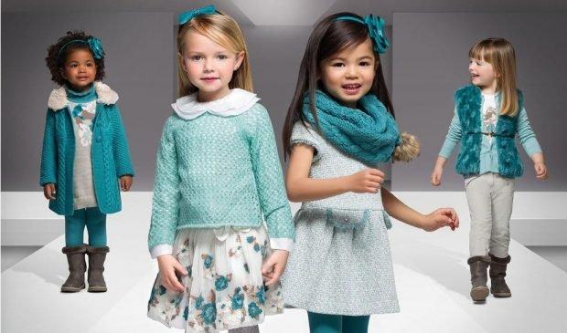Детская мода 2019 2020: бирюзовые брючки и куртка юбка в принт