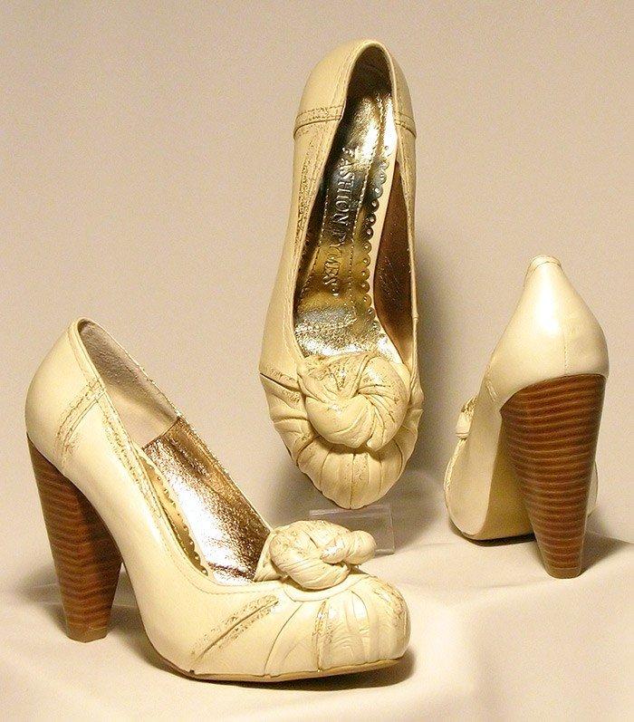 туфли на толстом каблуке бежевые круглый носок