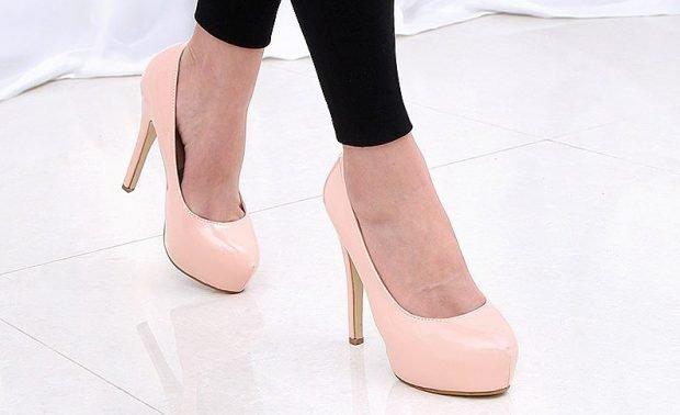 Туфли женские весна лето: на среднем каблуке розовые