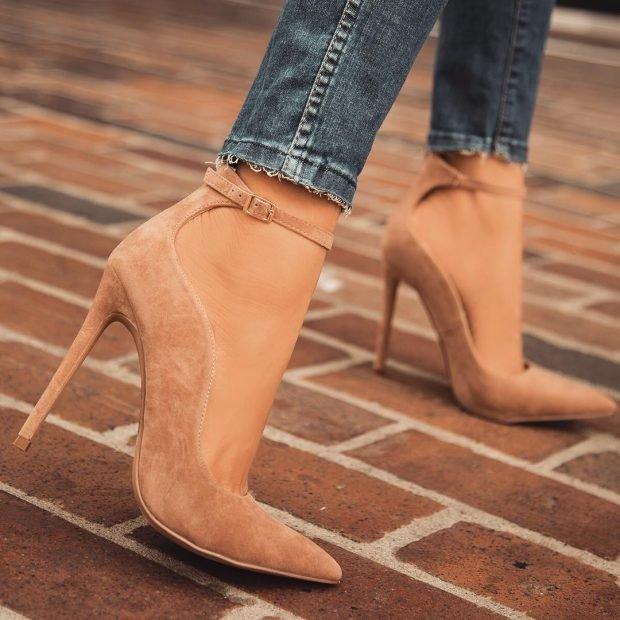 Туфли женские весна лето 2019: бежевые на шпильке острый носок