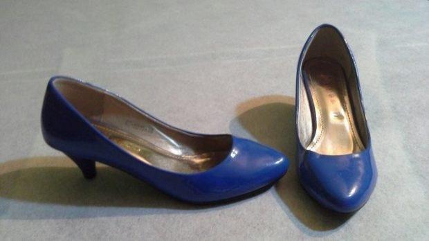 туфли на низком каблуке синие с круглым носком