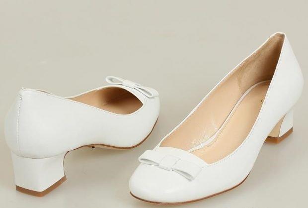 туфли на низком каблуке белые кожаные