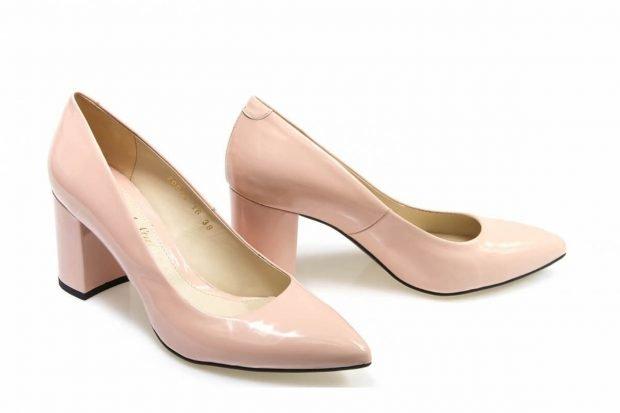 туфли лодочки розовые лаковые на низком каблуке