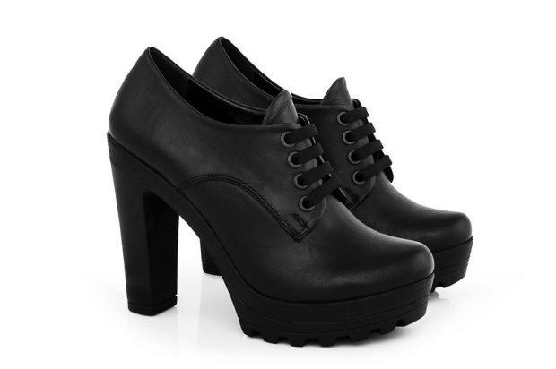 Туфли женские весна лето: кожаные на тракторной подошве черные
