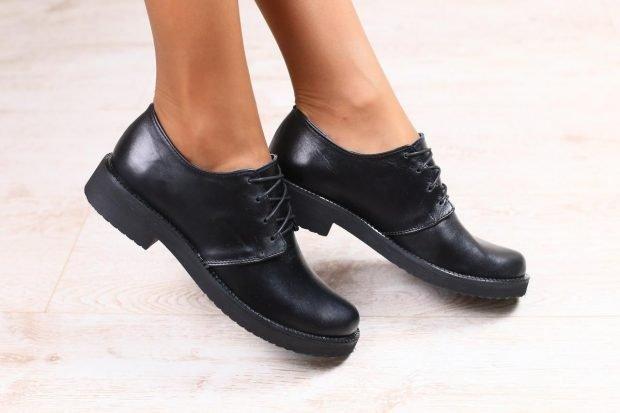 Туфли женские весна лето: кожаные черные на низком ходу