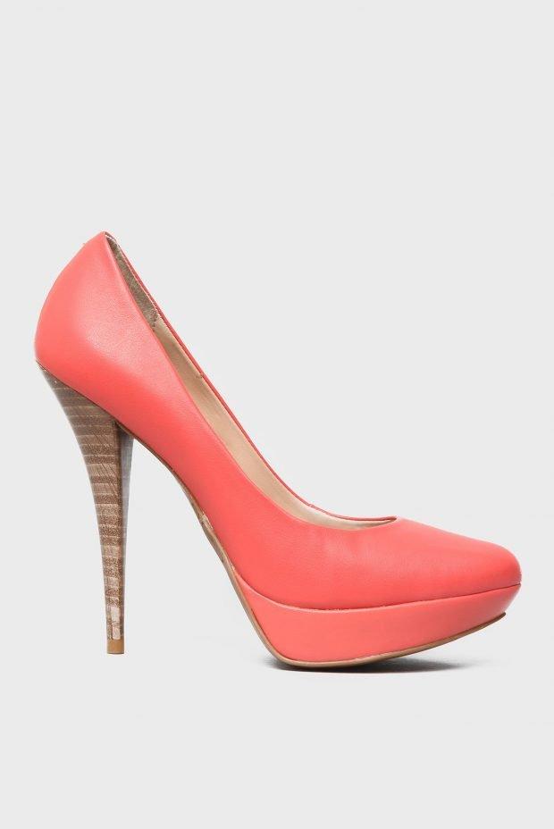 кожаные туфли розовые на шпильке