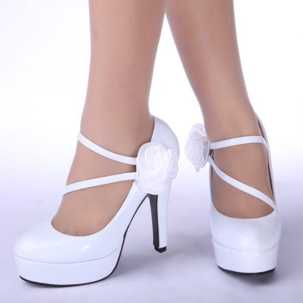 туфли с застежкой белые на шпильке