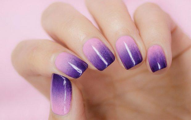 Градиентный маникюр розовый с фиолетовым