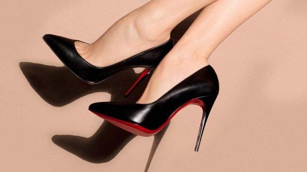 лабутены черные острый носок