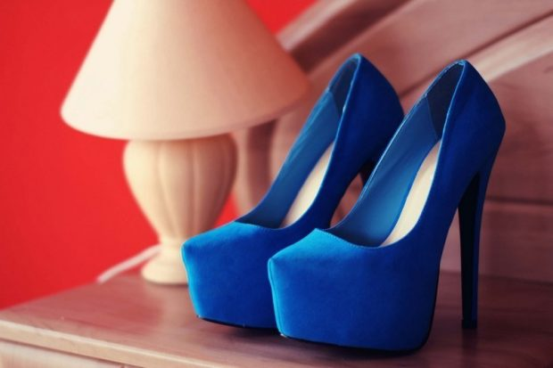 лабутены синие замшевые
