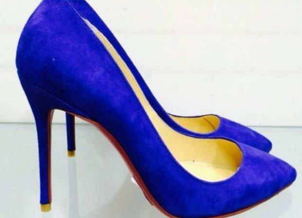 синие острый носок