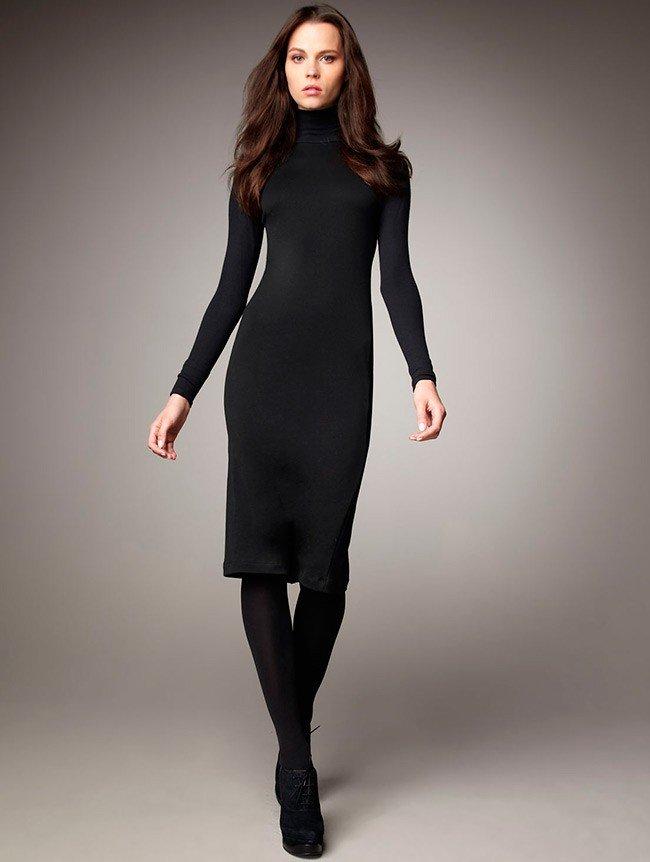 водолазка-платье черного цвета