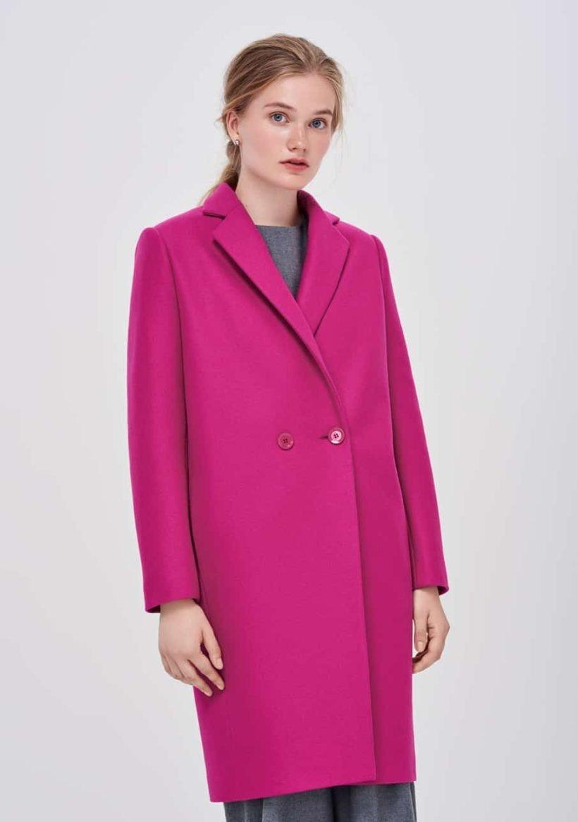 пальто яркое розовое