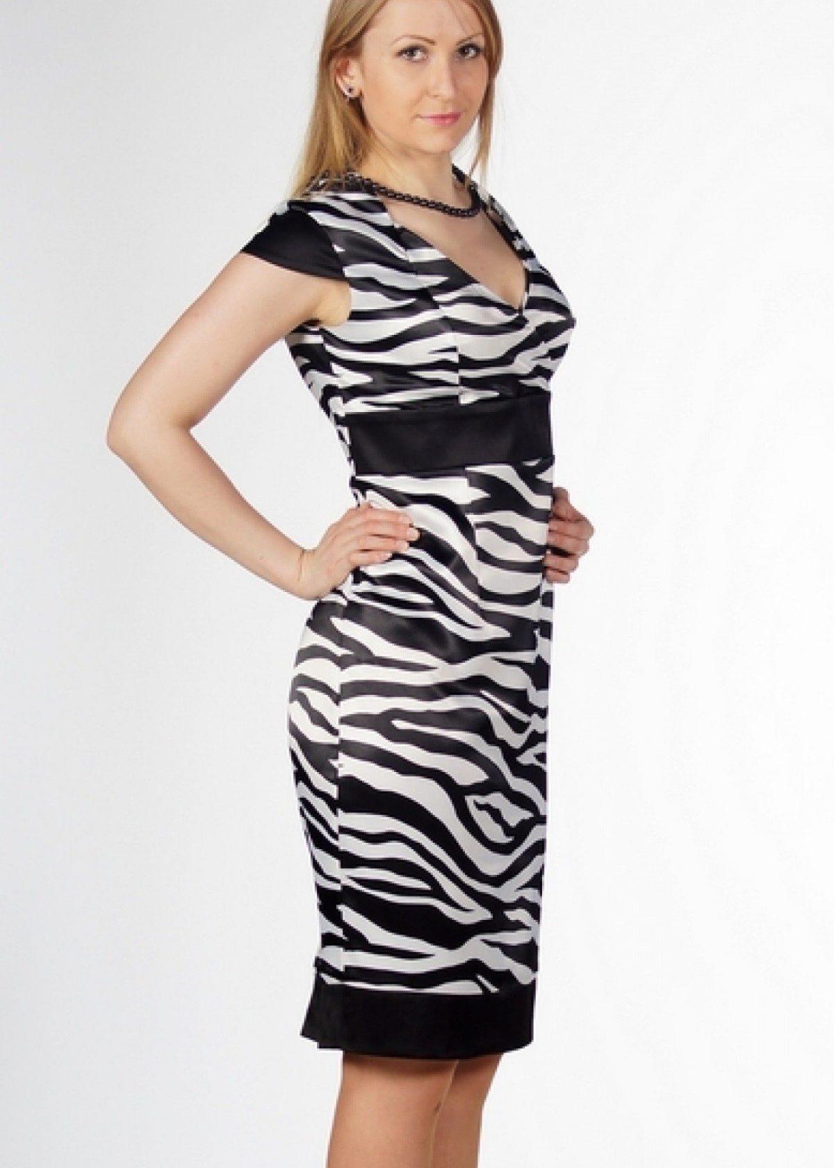 платье принт зебра без рукава