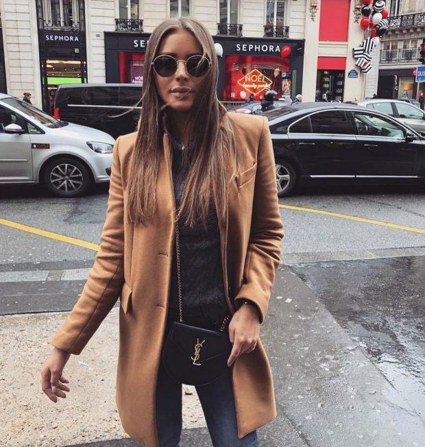 пальто коричневое классика