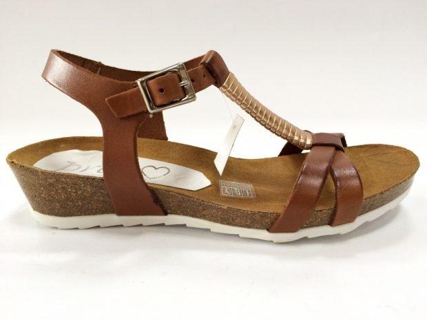 сандалии коричневые на тракторной подошве
