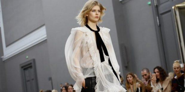 блузка белая прозрачная с жабо и черным бантом