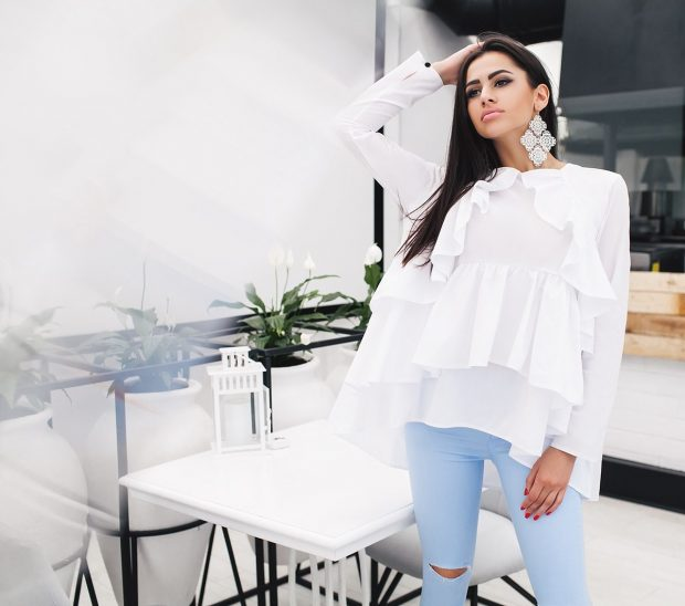 блузка с длинным рукавом белая с воланами