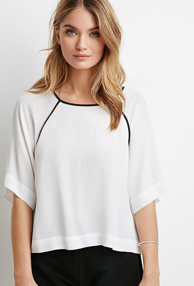 Блузка свободного кроя белая