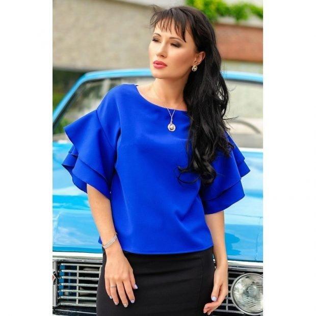 блузка с рюшками синяя рукав короткий
