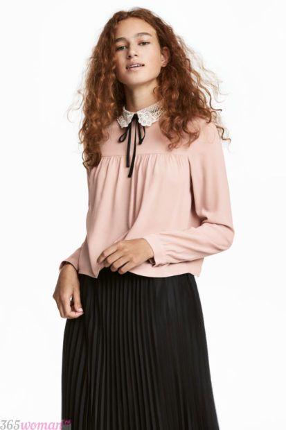 блузка персиковая воротник ажурный белый